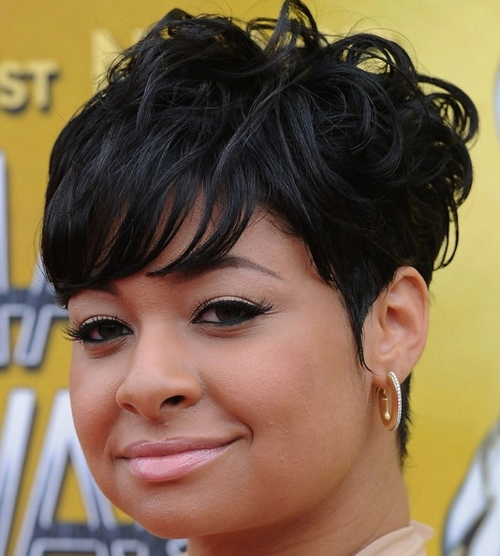 Short Hairstyles For Black Women y Natural Haircuts