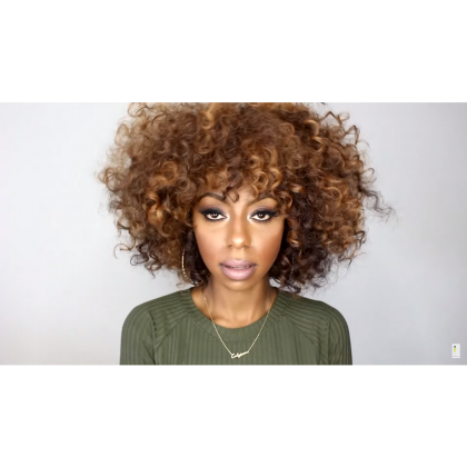 Learn How to Make a Beautiful Party Hairstyle for Curly Hair