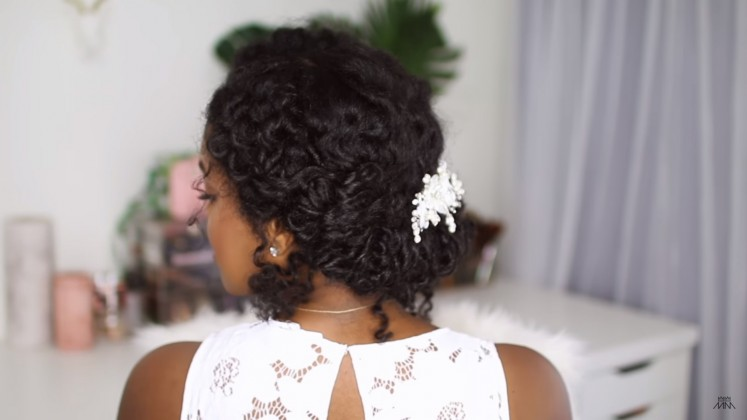 wedding curly hairstyle
